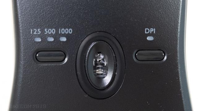 裏側のボタン