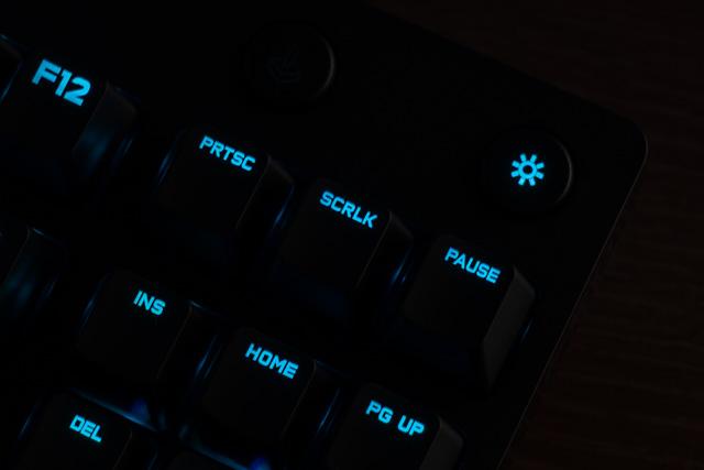 ライティングボタン